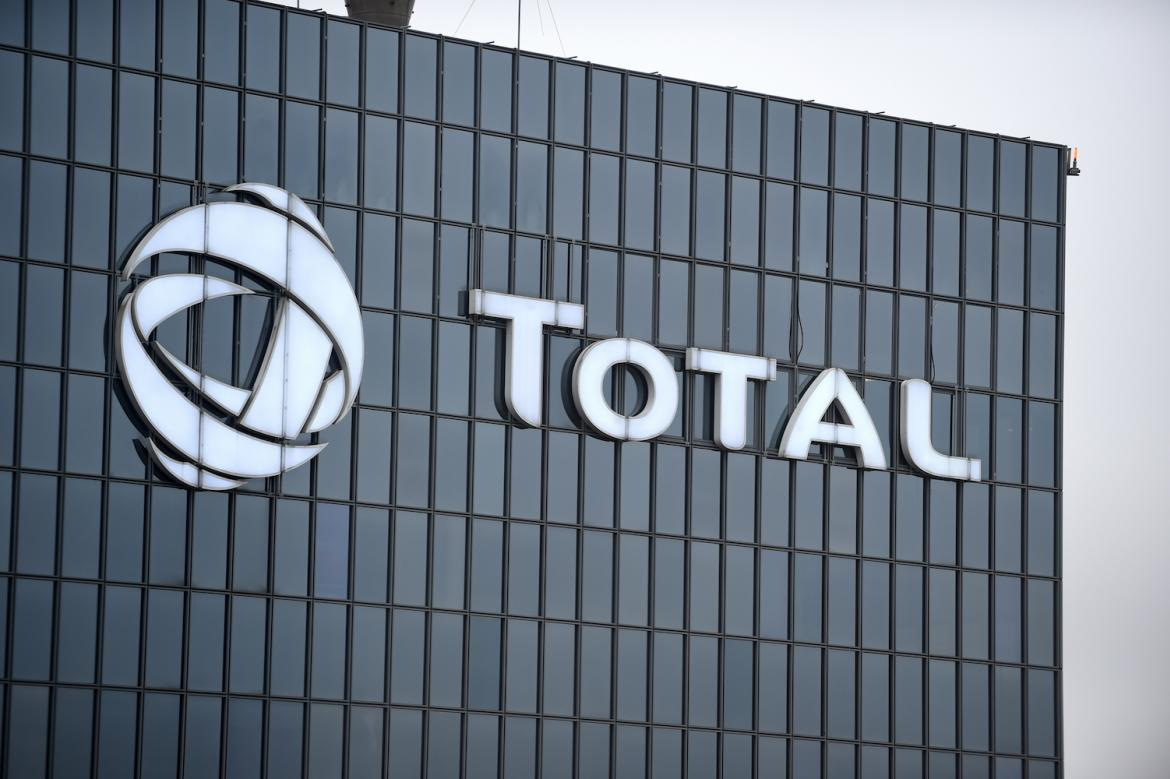 French energy giant Total and Germany's Siemens have proposed scaling back their projects in Tanintharyi Region over the government financial terms