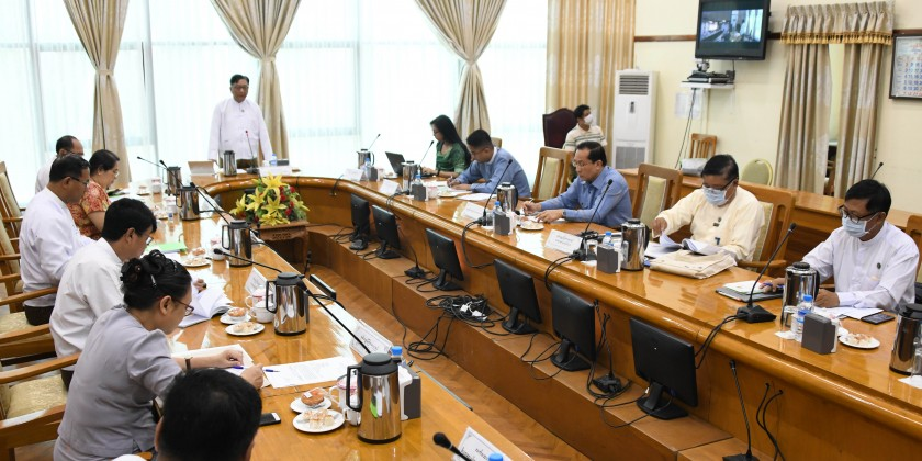 Ministry of Commerce (MOC) organized a coordination meeting to control high sale price to the health equipments and goods